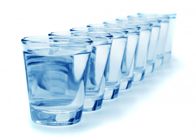 571655-glass-of-water