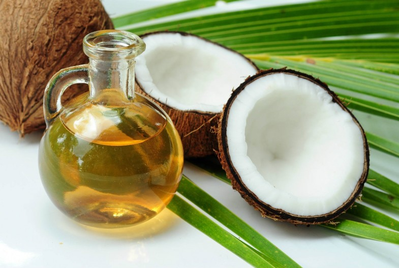 Prevent-Hair-Loss-With-Coconut-Oil
