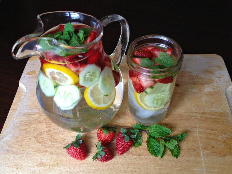 Strawberry-and-Cucumber-Detox-Drink-2