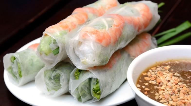 Vietnamese-Fresh-Spring-Rolls-with-Hoisin-Peanut-Sauce