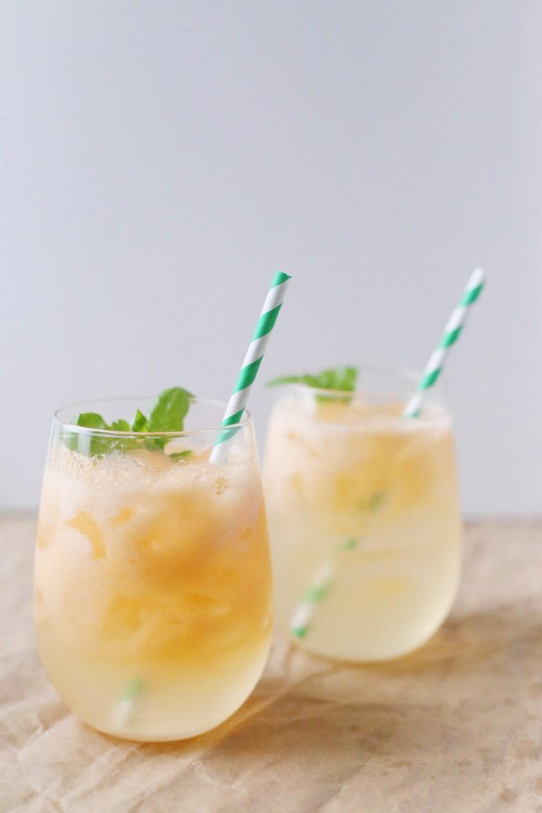 melon-basil-spritzer