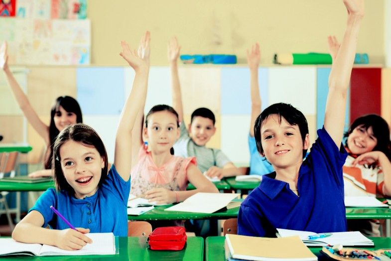 school-kids-raising-hands
