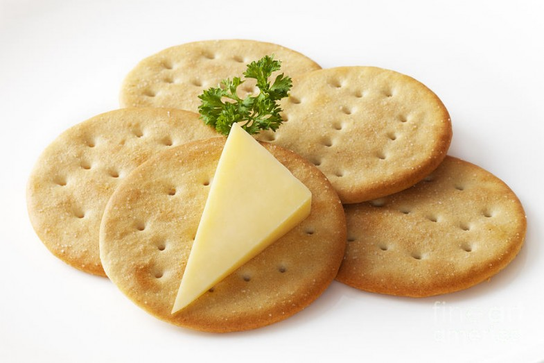 cheddar-cheese-and-crackers-colin-and-linda-mckie