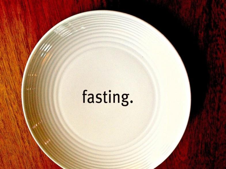 fasting-980x735