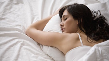 o-WOMAN-SLEEPING-facebook-785x393