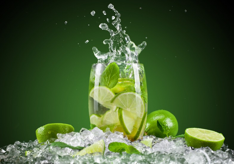 drink-lemon-fruit-lemon-juice-fresh-cocktail-ice-green-hd-wallpaper-splash